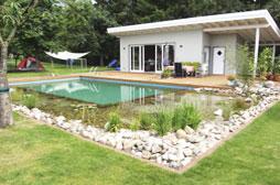 Wassertechnik dresden gmbh heim und garten for Teichgestaltung ideen